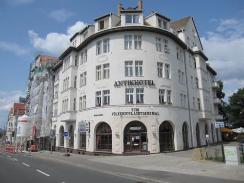 Antikhotel